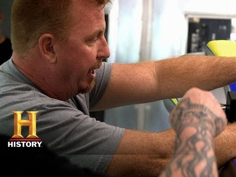 Biker Battleground Phoenix: Paul Works On A New Bike (S1, E4)
