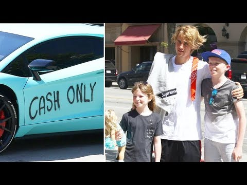 Justin Bieber Debuts 'Cash Only' Graffiti On His Lambo, Greets Fans Post-SoulCycle