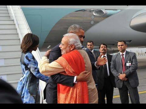 US President Barack Obama In India: PM Narendra Modi Recieves Obama