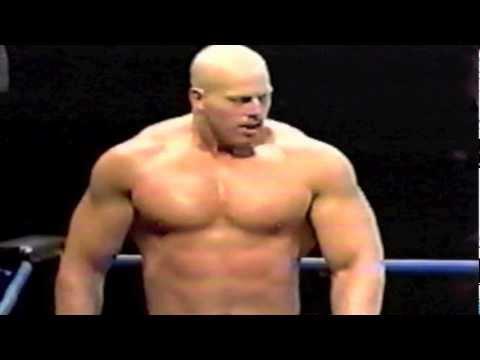 Scott Steiner dominates 370 lb powerlifter Nathan Jones  BEAR HUG!!