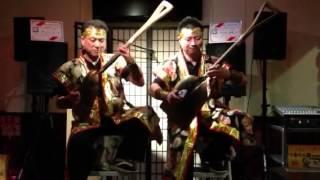 すこっぷ三味線世界大会チャンピオン、サフロ吉崎とケンシンの演奏です!