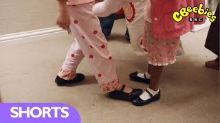 CBeebies: Topsy and Tim Series 2 - School Shoes