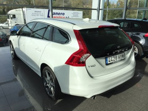 VOLVO V60 '14 D3 OCEAN RACE Aut || Review