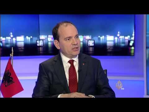 بلا حدود مع الرئيس الألباني