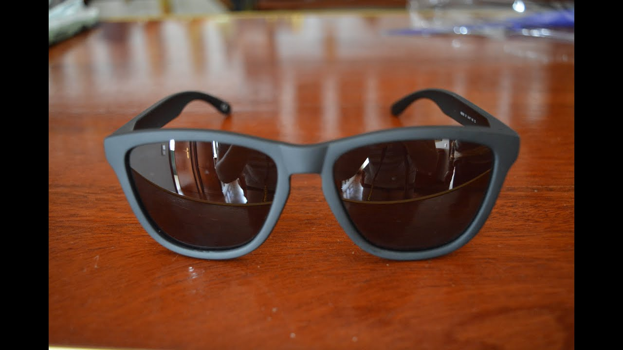 135bc7321f7 Unboxing & Sun Test - Hawkers CARBON BLACK · DARK ONE - YouTube