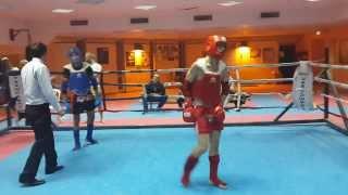 мой первый бой . после четырёх месяцев занятий тайским боксом .