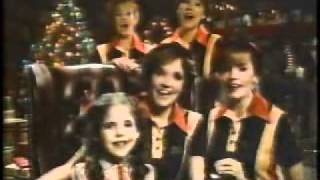 1980's  Burger King Christmas Commercial - Lea Thompson, Elisabeth Shue & Sarah Michelle Gellar
