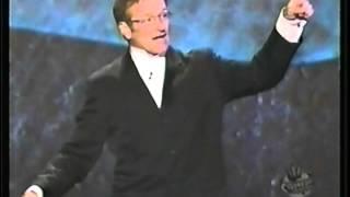 Richard Pryor receives the first Mark Twain Award Robin Williams speaks