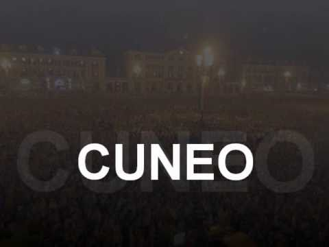 A CUNEO - prima puntata di Zelig 14 Gennaio 2011