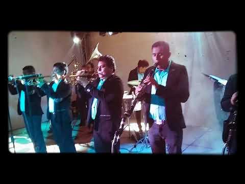 """El Señor José Pérez Y Su Reina De La Noche """"BANDA LUNA AZUL"""" •Popurri Ranchero•"""