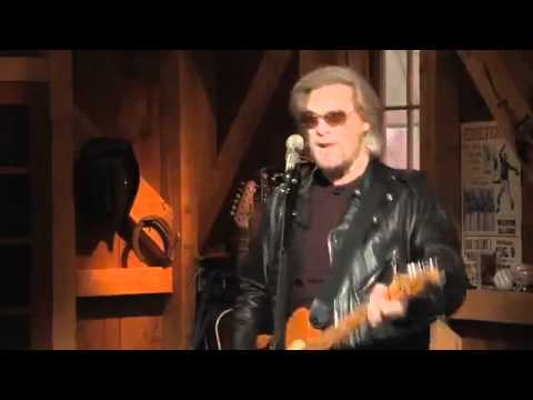 John Rzeznik and Daryl Hall - Slide (Live From Daryl's House).mp4