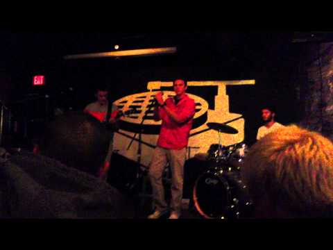 """The Overnighters - """"Emerson Street (Live @ Funk 'N Waffles)"""""""