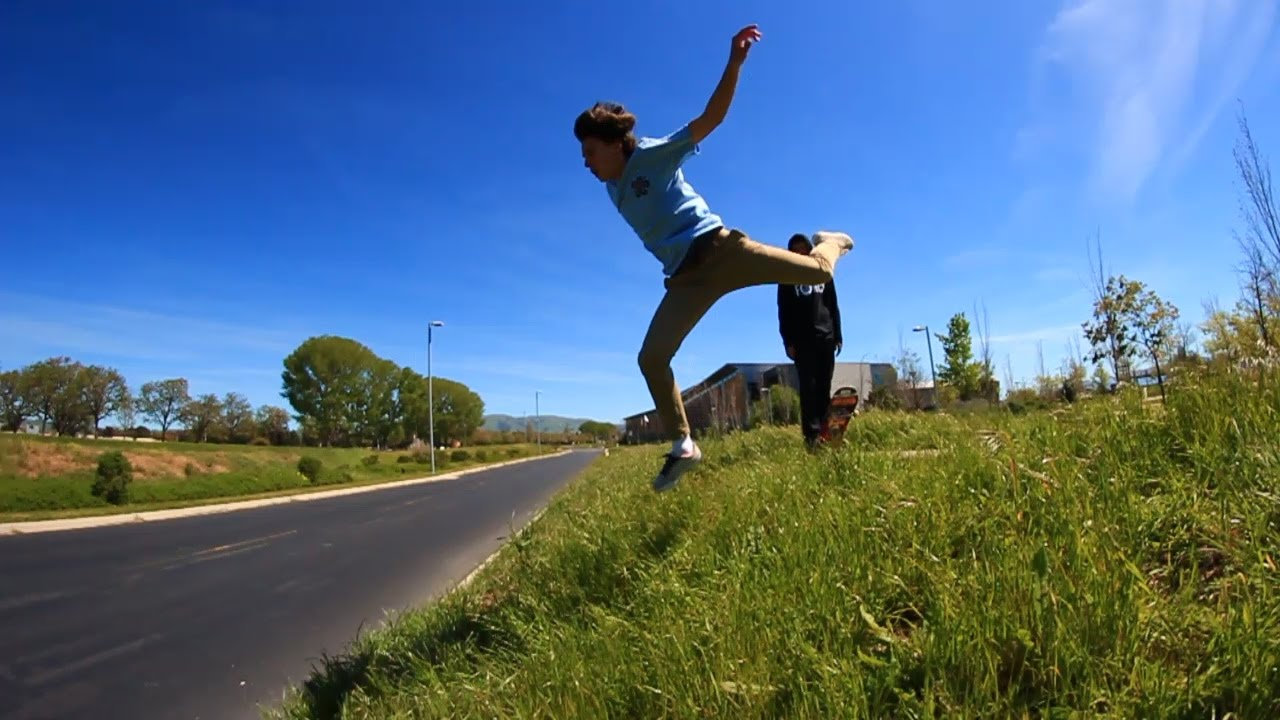 skater-nearly-dies-and-we-get-kicked-out-street-mission-2