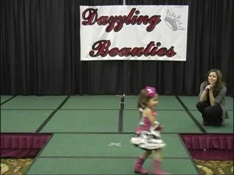 Talias talent 2 years old dancing to 5 days Old  the Laurie Berkner Band