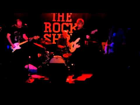"""Fly Ashtray-""""Prelude to a Snoid"""" Live Rock Shop 1/6/12"""