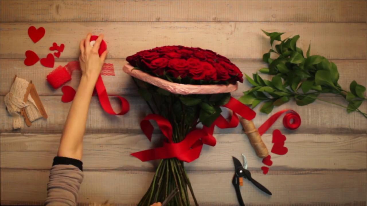 Заказ и доставка букетов невесты в москве. Индивидуальный дизайн. Лучшие флористы. Доставка к точному времени.