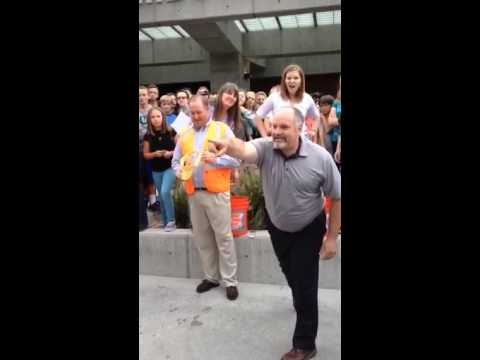 Albion middle school does ice bucket challenge