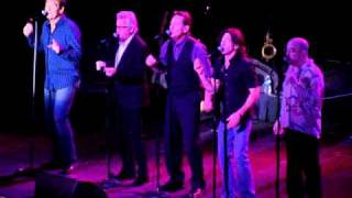 Huey Lewis and The News sings Sixty Minute Man at Hard Rock Live in Hollywood, Florida