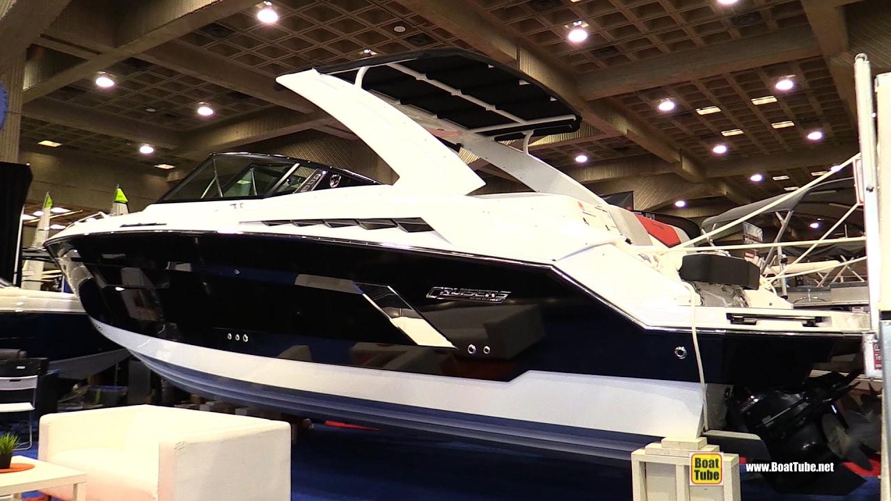 2017 Cruisers Yachts 338 Black Diamond Edition - Walkaround - 2017 Montreal  Boat Show
