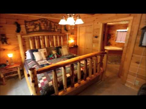 cody's-log-cabins-in-branson:-wilderness-retreat-log-cabin