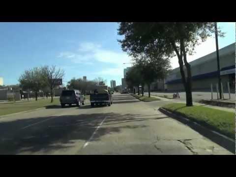 Houston - Drive through Richmond road to Lakewood church Greenway plaza parking