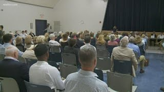 Uptown residents fed up with crime, hold community meeting