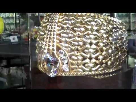 World's largest and heaviest Gold Ring, Dubai أكبر وأثقل خاتم ذهب في العالم