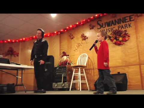 'Born to be wild' Karaoke with a child and Elvis