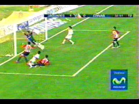 Gilberto Mora gol con Jaguares de Chiapas c2006-7 vs Chivas