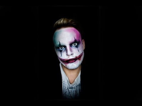 Easy scary clown make-up - YouTube