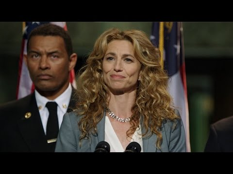 """Containment:Claudia Black (""""Dr.Sabine Lommers"""")Interview"""