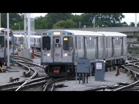 """CTA Transit: CTA Action with 2014 Bombardier 5000 Series """"L"""" Red/Purple/Yellow Lines at Howard"""