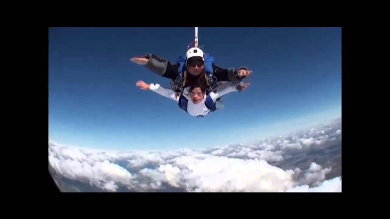 saut en parachute 84