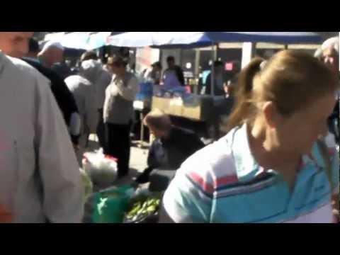 Macedonia: Marketplace in Skopje マケドニア: スコピエのマーケット