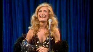 Dalida - Mourir sur scène [Montréal 09.04.1983]