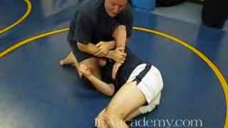 Submission Grappling In Austin - Passing Guard to Top Control and Finishing 02