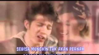 IRWANSYAH   ACHA SEPTRIASA - MY HEART(MOVIE) MTV OST + LIRIK.flv