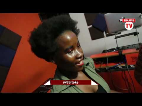 Ebitoke akiimba wimbo wa Moyo Mashine ya BENPOL