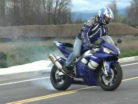 Yamaha R1 Stunt Riding...