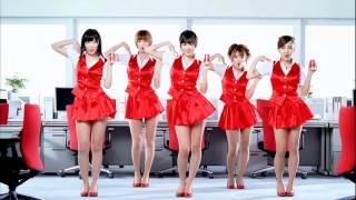 AKB48のWONDAのCMです。出演は、前田敦子、篠田麻里子、指原莉乃、高橋みなみ、板野友美の5人です。