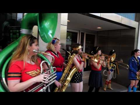 Filthy Femcorps busking the Wonder Woman premiere @ Cinerama