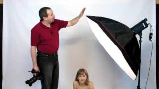 Repeat youtube video Studio Flash Lighting Portrait photography Large Softbox tutorial