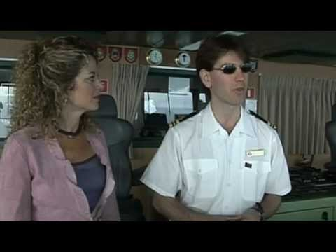 Interview with the 2nd officer of the QM2 - featuring Carly Simon .m4v