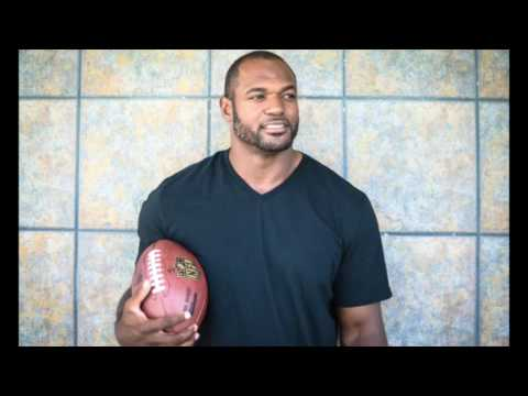 Pure Knead Massage Interviews NFL Player Dwight Freeney on His Routine