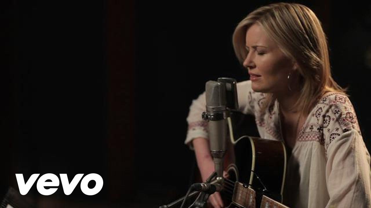Dido - Girl Who Got Away (Acoustic) - YouTube
