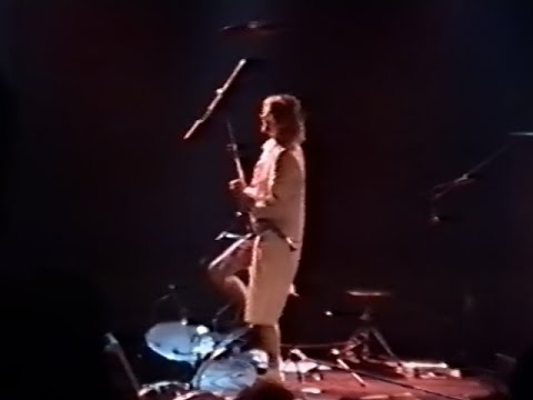 Nirvana - 9/1/91 - Rotterdam -[2-Cam/50fps/HQ-Audio] - (3weeks before the release of Nevermind)