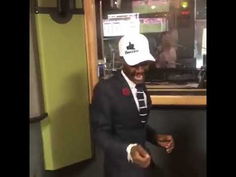 Killer Kau dancing to Tholukuthi