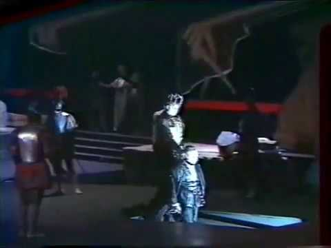 Montserrat Caballé - FINALE DON CARLO GIUSEPPE VERDI (15 seconds holding the last tone)