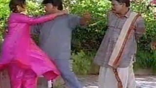 Chiranjeevi Teaches How To Kiss Rambha