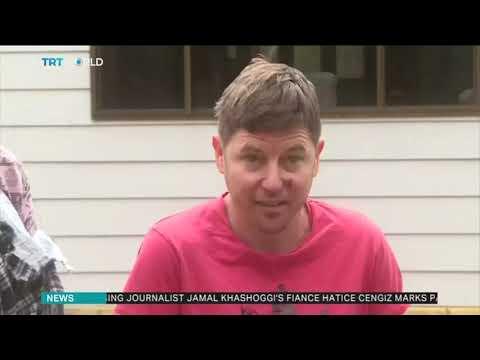 The Woody Show - Jerk Kangaroo Turns on Australian Family